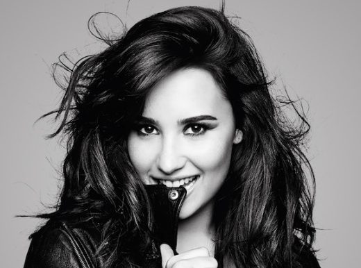 1398877763demi_lovato_girlfriend_2013-wide-4.jpg-4