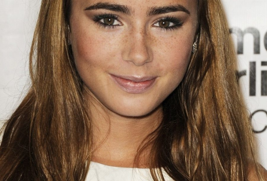 1410718264lily_collins_pic-4.jpg-4